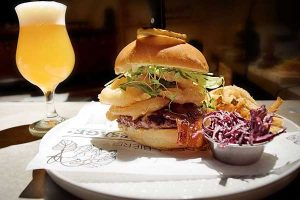 Trécarré Microbrasserie hamburger